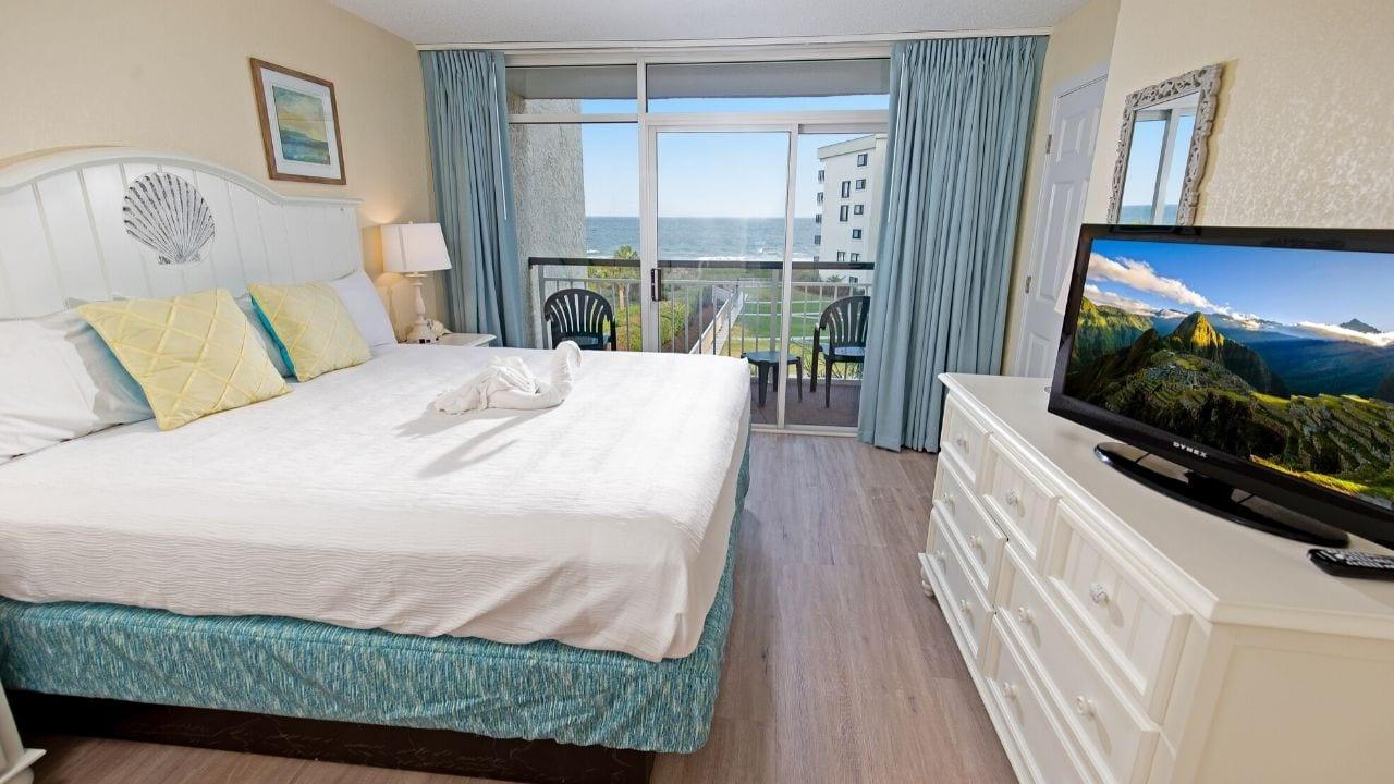 Oceanfront King Bedroom at Litchfield