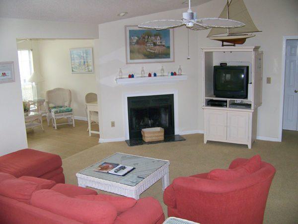 Living Room of 3 Bedroom Villas Litchfield Beach